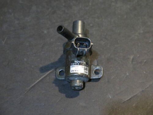 61999-02 Toyota Corolla Air Vacuum Switch Valve 90910-12210 VVT-i Solenoid Purge