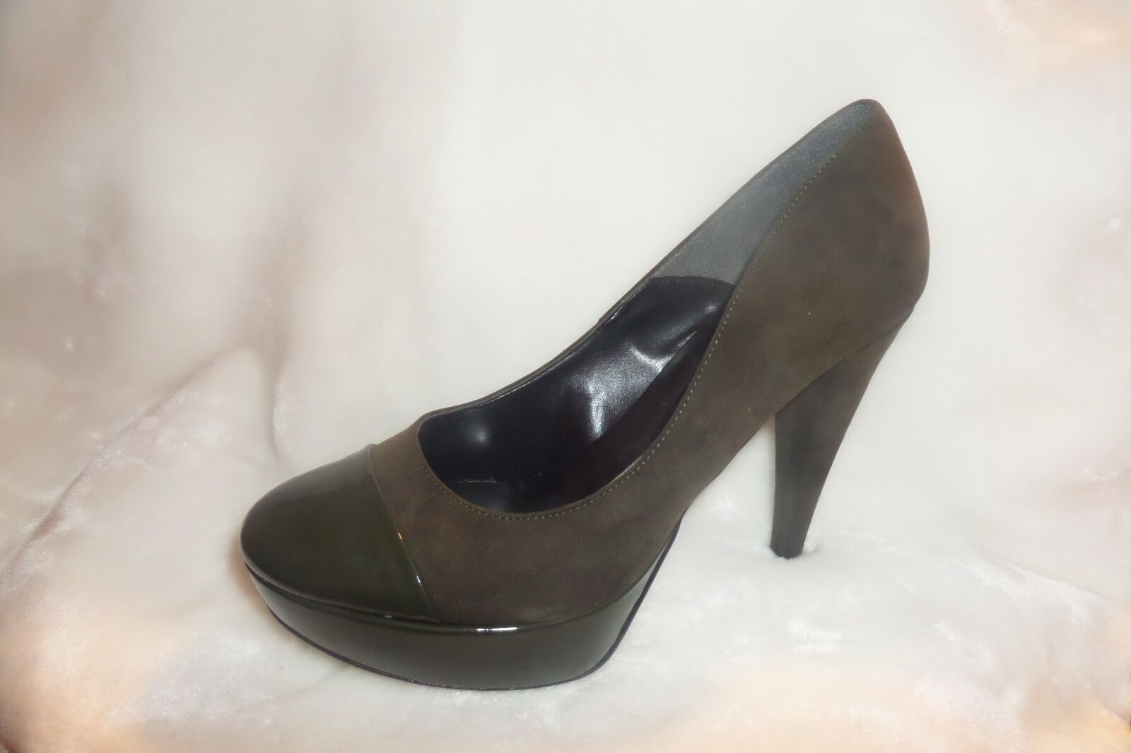Made in Italia Platform Pumps Olive Green us Suede  Size 41 us Green 10 new f6ad01