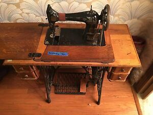 Image Is Loading Antique 1910 Singer Sewing Machine W Treadle Cabinet