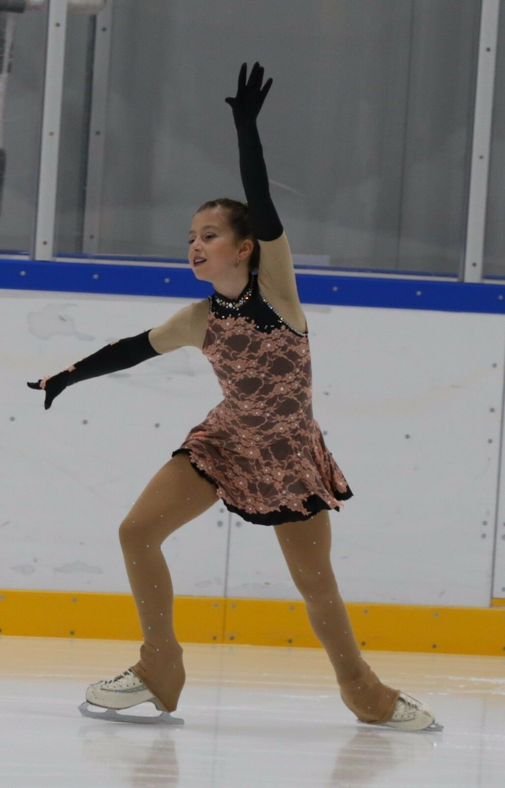 Ice  skating dress with decorations 10-11 yrs.