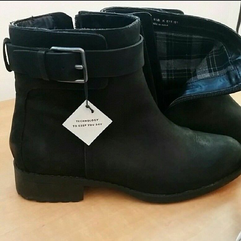 Cole Haan Grand.os Waterproof Black Ankle Boots 6 1/2