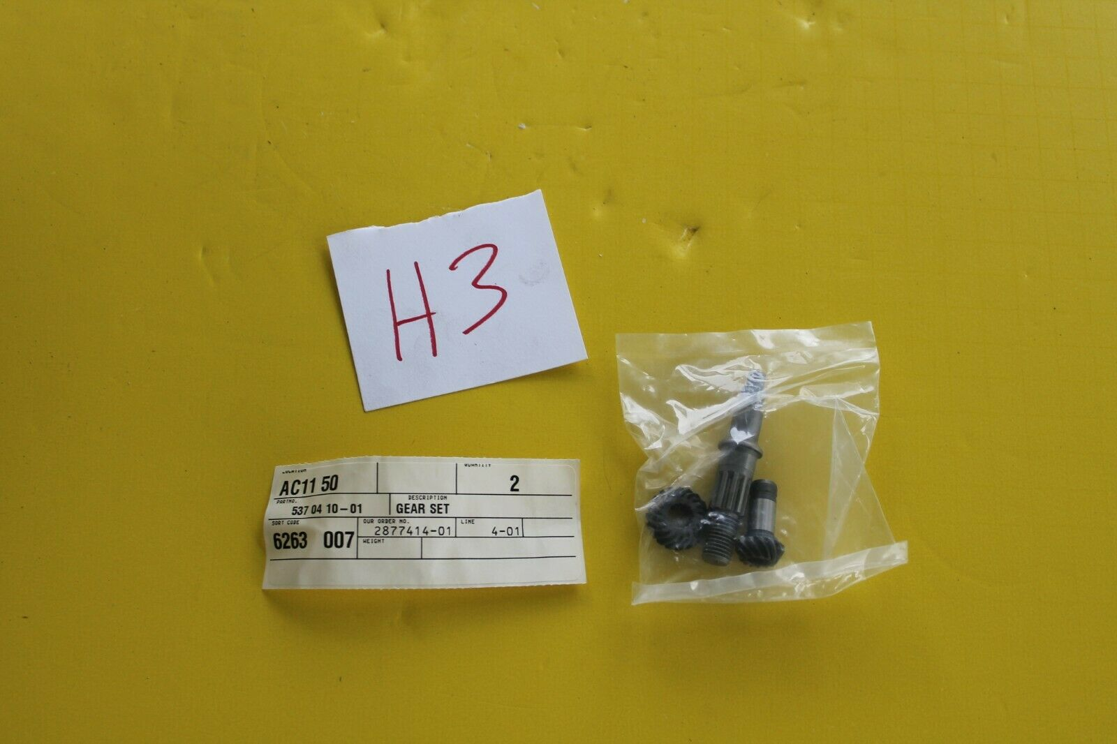 Genuine OEM Husqvarna Gear Set 537041001 Nuevo Viejo Stock