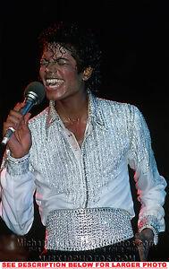 MICHAEL-JACKSON-1984-SINGINGnSWEATING-1xRARE-PHOTO