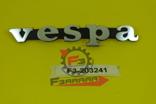 Emblem Schriftzug P200e Seitenhaube Lochabst 105mm für Vespa PX 125 E Lusso