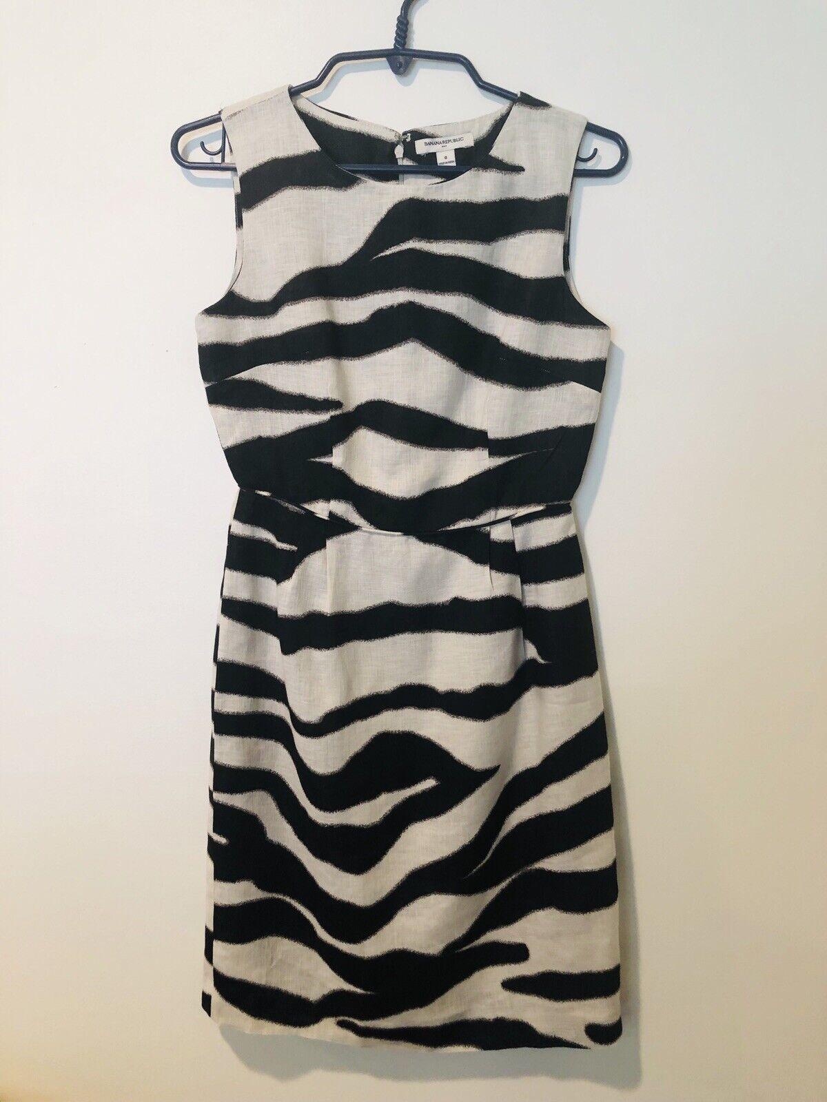 Banana Republic Sleeveless Fully Lined Linen Round Neck Lightweight Dress Size 0