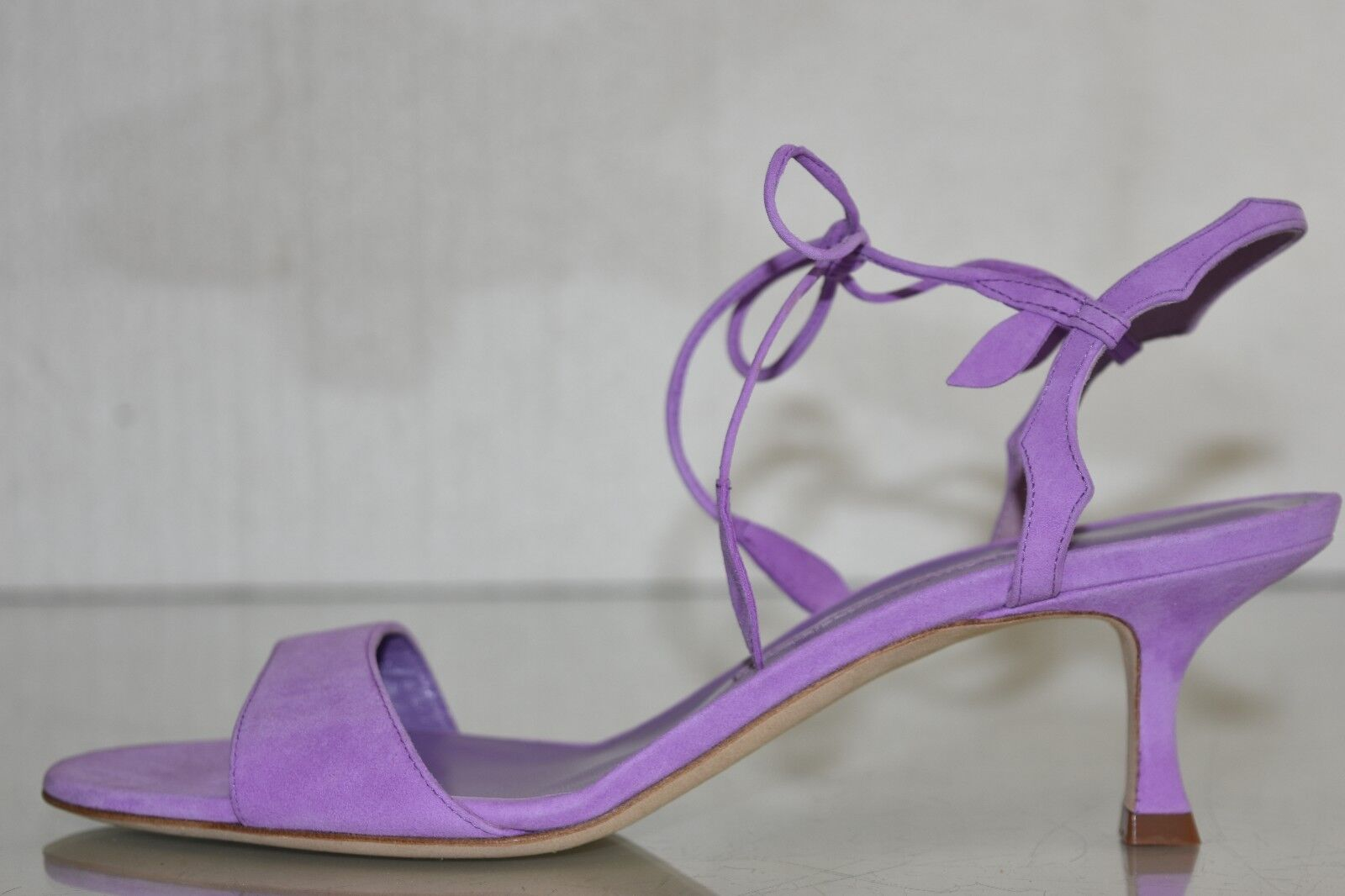 NEW Manolo Blahnik ZOULIPLAIN 50 Kitten Sandals LAVENDER Purple Suede shoes 40.5