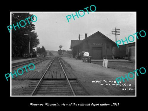 OLD 6 X 4 HISTORIC PHOTO OF WONEWOC WISCONSIN, THE RAILROAD DEPOT STATION c1911