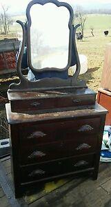 024 Antique Dresser Late 1800 S 1900 S Dark Oak Mirror
