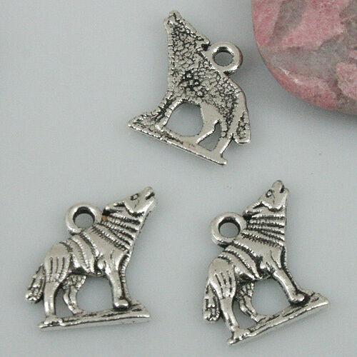 30Pcs Tibetan Silver Tone Wolf Charms EF0505