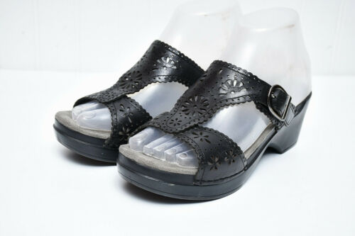 Dansko Sapphire Sandal Womens Comfort Eyelet Leath