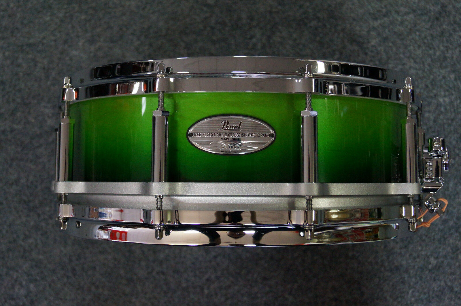 Pearl Free Floating Snarotrum in  Emerald Fade  - 14x5