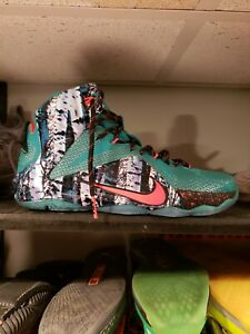 wholesale dealer b2a2c eabf4 Details about Lebron 12 Xmas