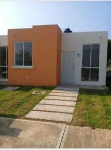 Casa en venta en Conjunto habitacional Playa de mono en Oaxaca, Oaxaca, 2 recámaras