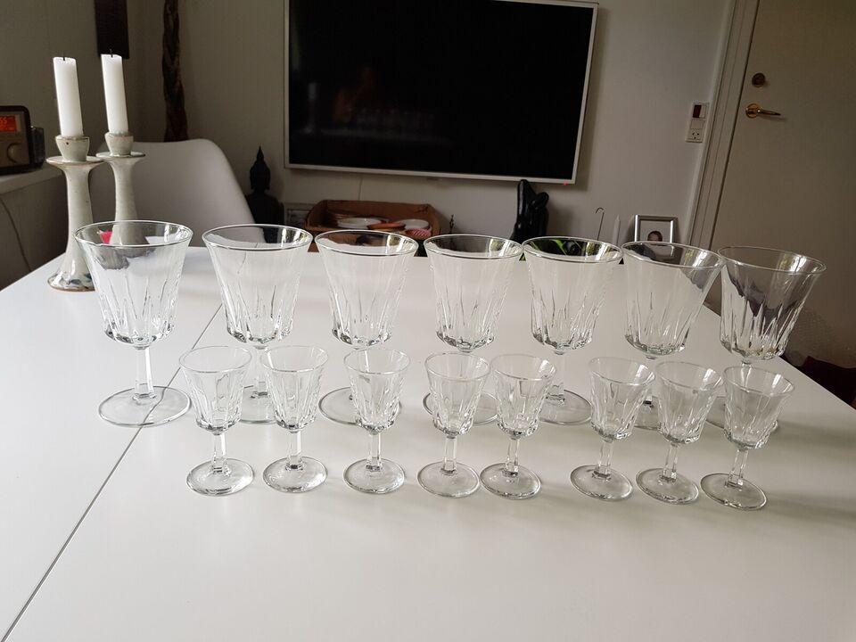 Glas, Vinglas, snapseglas