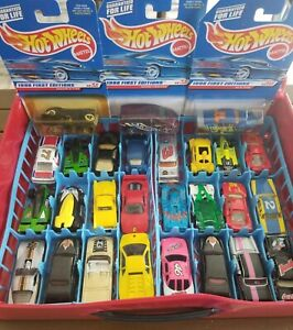 Vintage-Hot-Wheels-Maisto-amp-more-Lot-27-Cars-and-Fast-Lane-car-Case-70s-and-up