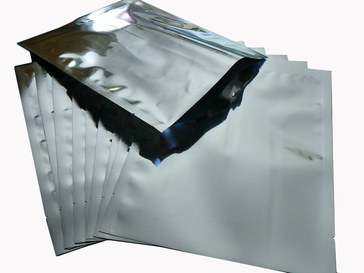 10x X-Large Mylar Bags 5 gallon - 20  x 30  and 10 X 2000cc oxygen absorbers