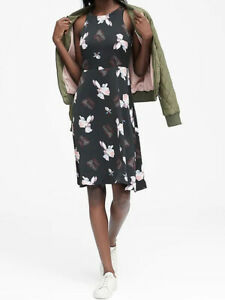 NWT-Banana-Republic-New-129-00-Women-Floral-Fit-and-Flare-Dress-Size-2-4