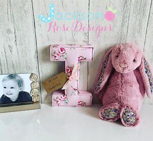 Bapteme-cadeau-lettres-wall-art-handmade-pepiniere-nom-personnalise-fille-garcon