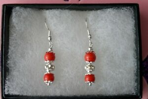 Beautiful Earrings With Coral And Diamantino 2.7 Gr. 2.8 Cm Long + Hooks In Box