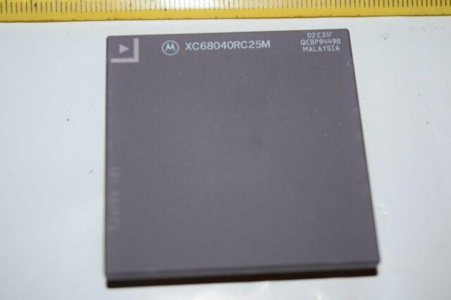 MOTOROLA XC68040RC-25M 179-Gold Pin PGA Vintage CPU 25MHz IC New Quantity-1