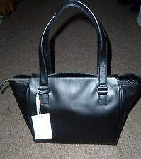 KIPLING JULIENE SHOPPER IN BLACK LEATHER