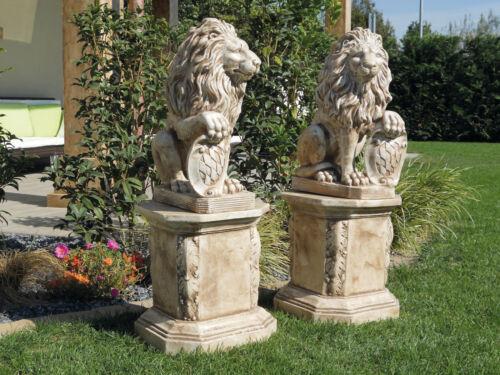 Venezianische Löwen mit Wappen Paar H 54 cm Tierfigur Löwe Steinguss Art.601