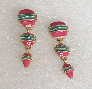 Vintage-Pink-Green-Enamel-Gold-Tone-Link-Dangle-Drop-Pierced-Earrings