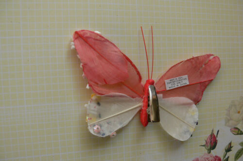 RED /& WHITE Feather BUTTERFLY 11x7cm/&2.5cm Squeeze Clip-Touch Of Nature