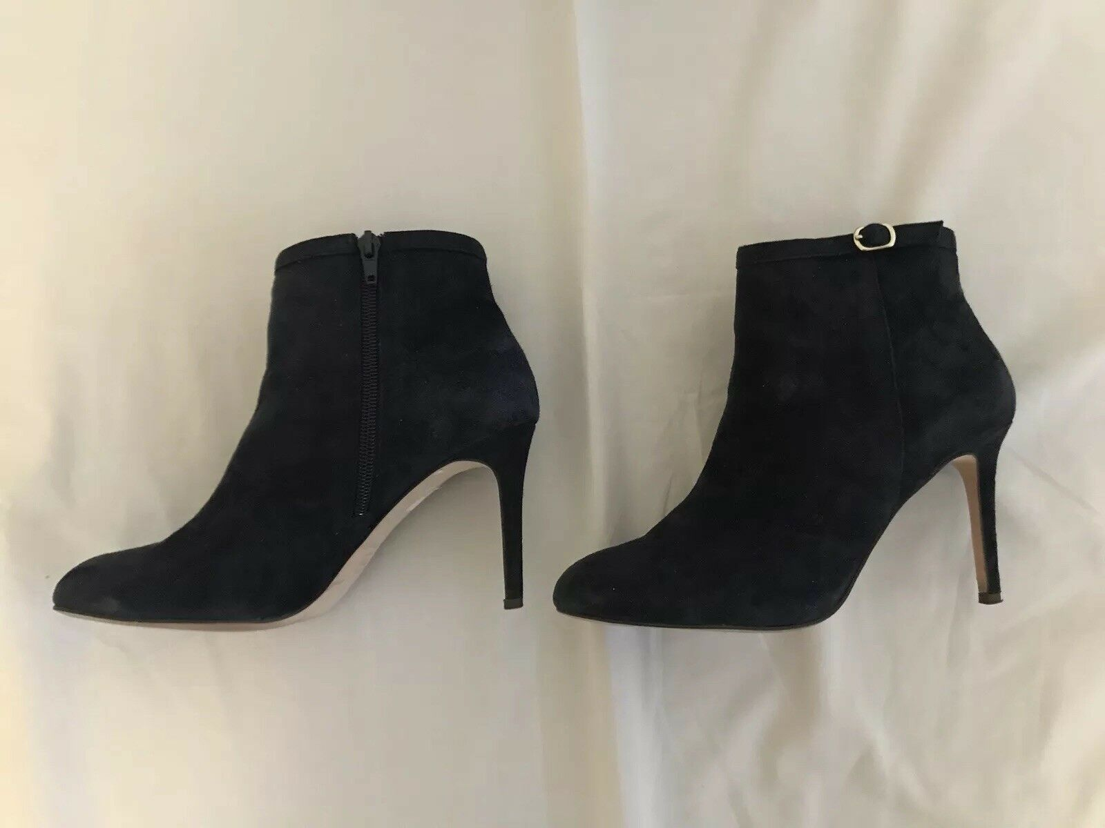 7- Navy Suede Blau Suede Navy Ankle BootAnn TaylorBeatrice Buckle Excellent Condition 3cdea6
