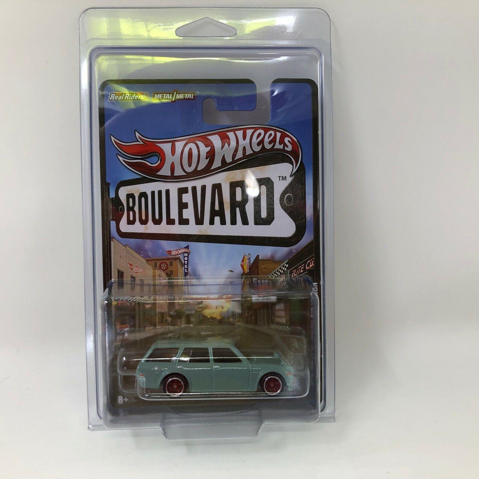 102'71 Datsun azulbird 510 Vagón  Hot Wheels Boulevard con Real Riders  S25