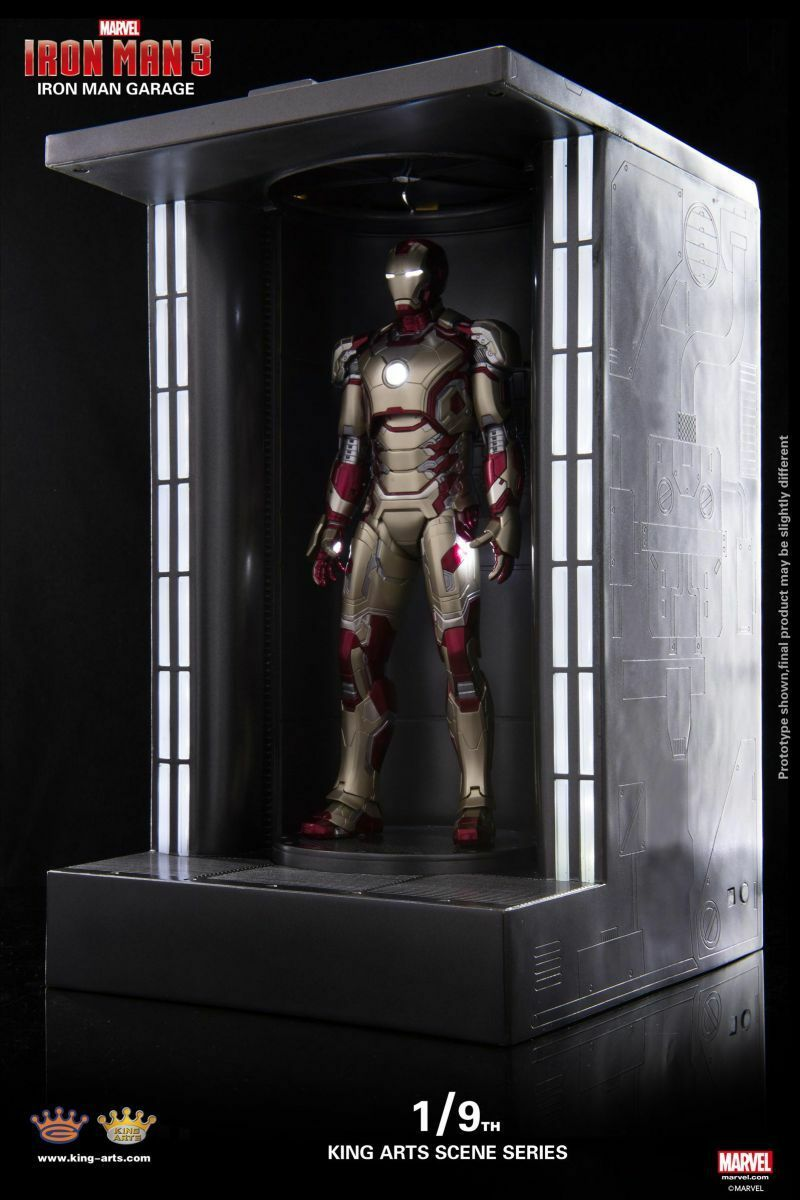 King Arts Diecast Marvel Iron Man 3 LED Iron Man Garage Display Ver.1/9