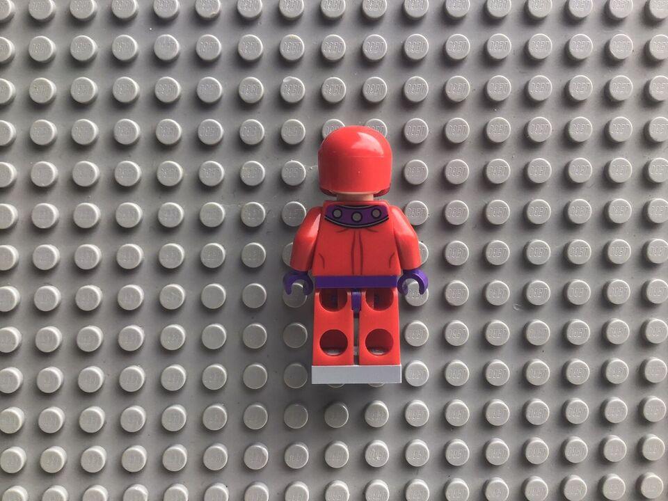Lego Super heroes, Magneto