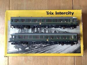 Trix 1175 BR Green Class 24 Trans Pennine 2 Car DMU