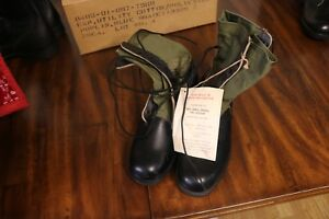 NOS-Vietnam-jungle-boots-1967-dtd-non-panama-sole-Sz-9-XN