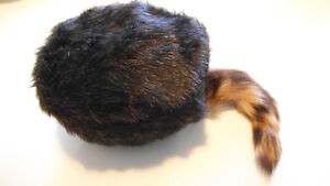 L XL REAL COON TAIL COON SKIN CAP hat Davy Crocket raccoon coonskin S M