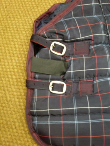 Loveson Navy and Red check Stable Rug 400g STD Neck