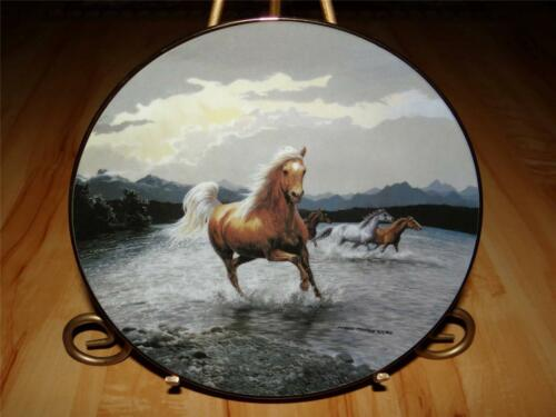 """Breakaway"" UNTAMED SPIRITS by Persis Clayton Weirs Horse Bradford Plate"