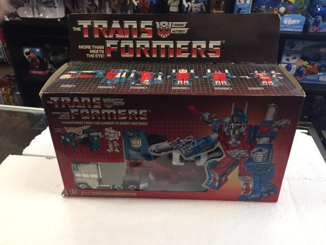 1985 transformadores Autobot Ultra Magnus heroico por Hasbro