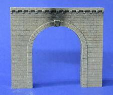 H008 Cut Stone Tunnel Portal Produits M.P. / Entrée de Tunnel