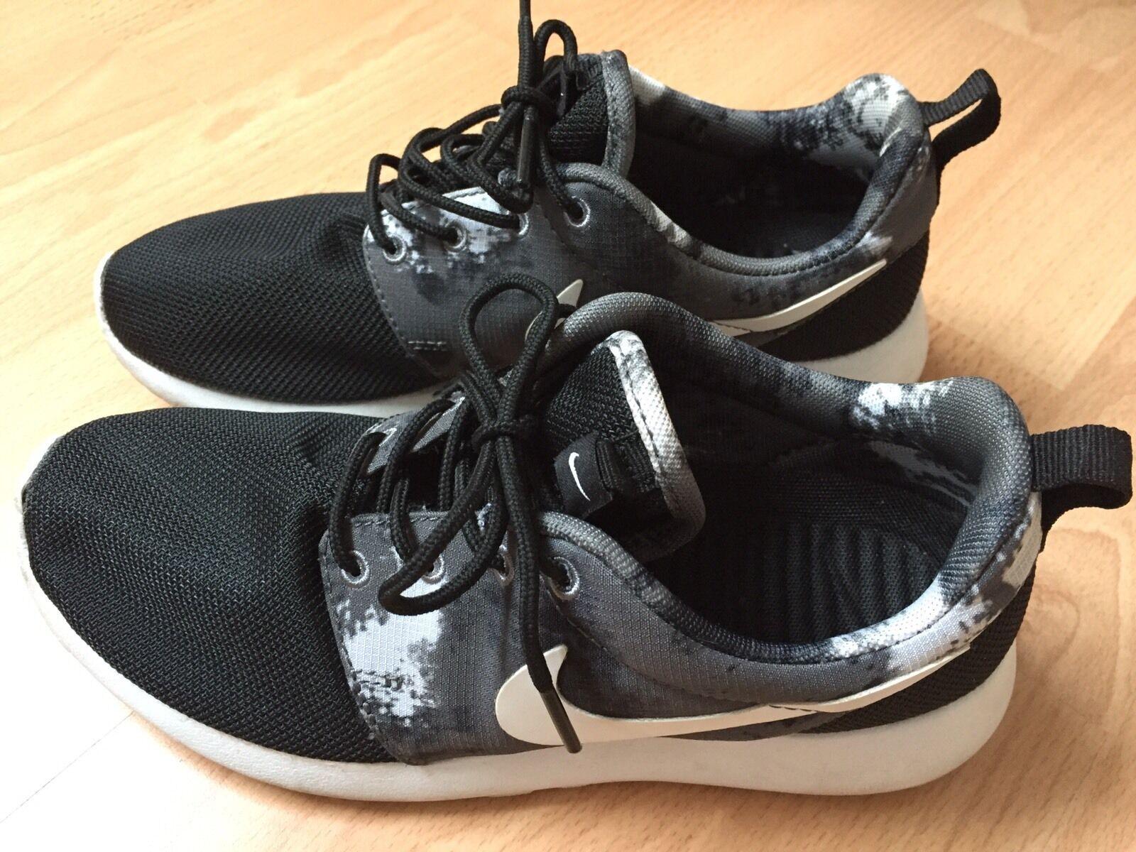 Nike Roshe Roshe Nike Run Gr 36.5 Damen 97ec3a
