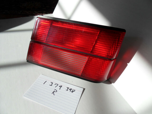 BMW e34 Trunk Right Trunk Tail  Light 63211379398 1379398 525 530 535 540