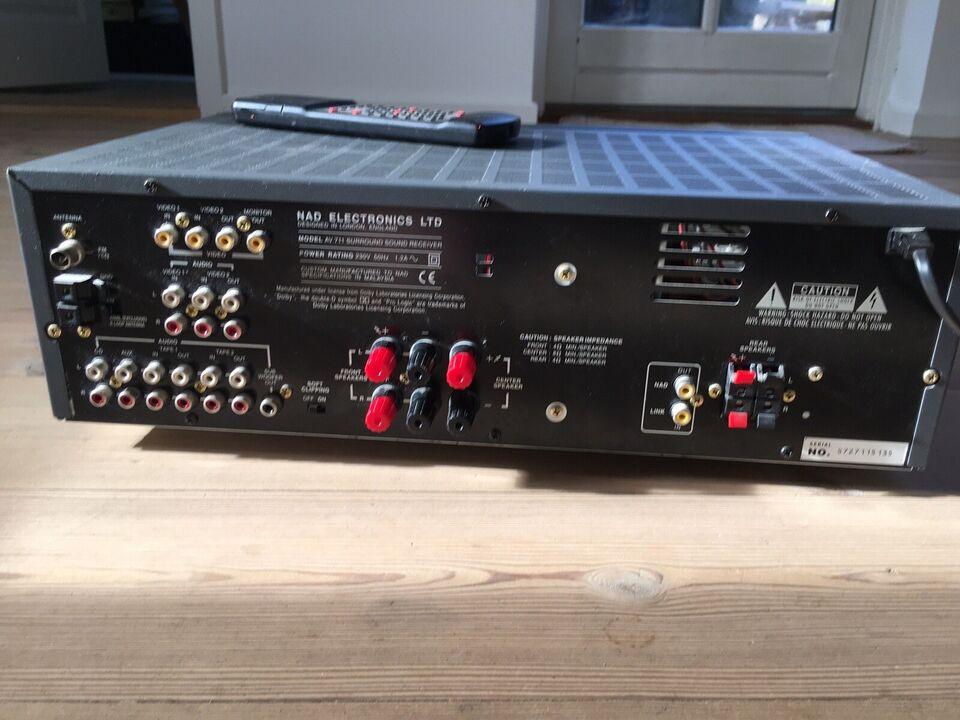 Integreret forstærker, Nad, AV711