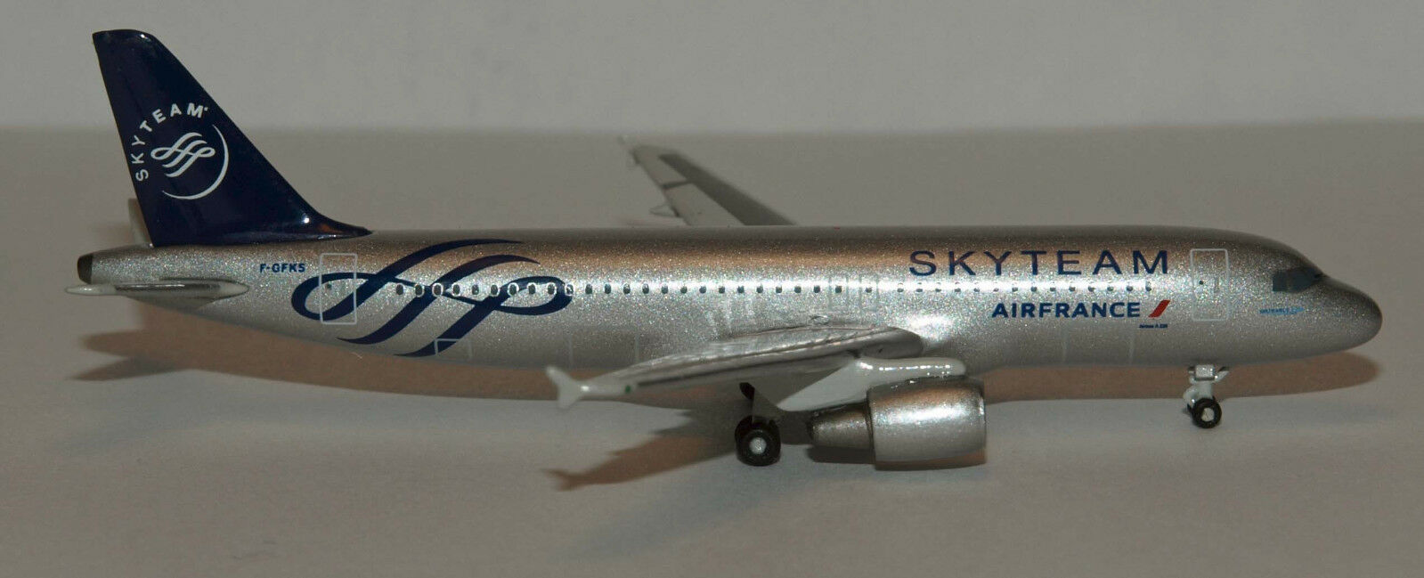 Herpa Herpa Herpa Wings 1 500 Air France Skyteam Airbus A320 prod id 518758 released 2011 2e8278