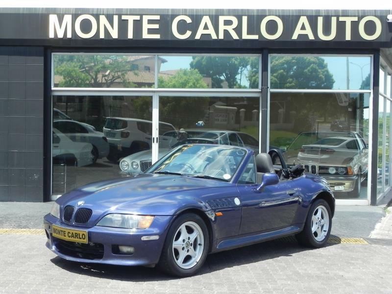 1999 BMW Z3 2.8i ROADSTER, Blue with 300000km available now!