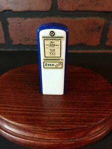 Vintage-single-plastic-salt-shaker-Esso-extra-gas-pump-3-034-Advertising