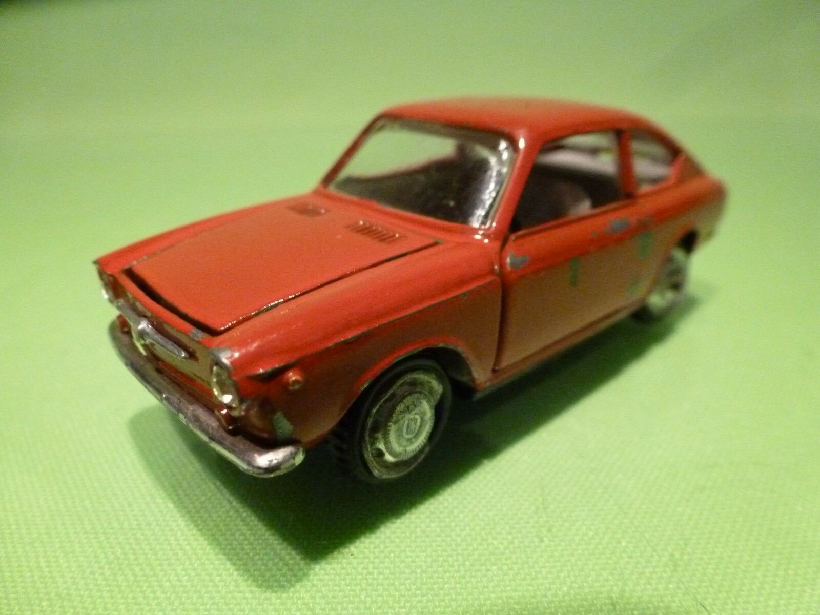 EDIL TOYS -  1 43 FIAT 850 COUPE  - NICE CONDITION