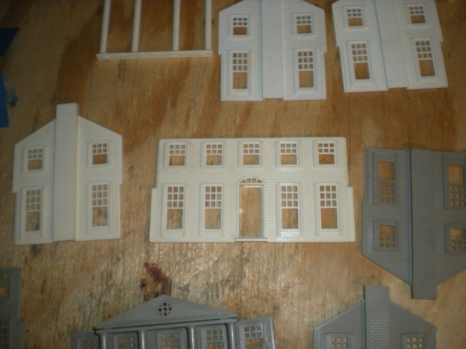 Littletown  103   southern southern southern colonial  house   parts  e pieces   no scatola  30fba9
