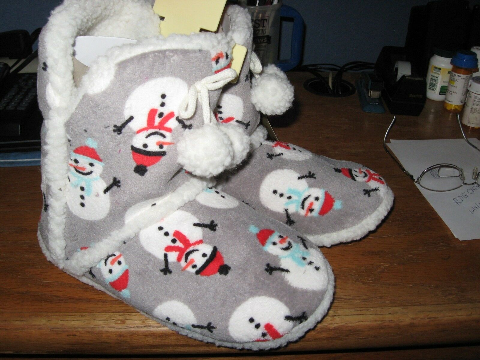 WOMENS SLIPPERS SIZE LARGE 9 10 BOOTIES HOLIDAY SNOWMEN CHRISTMAS NEW WITH TAGS