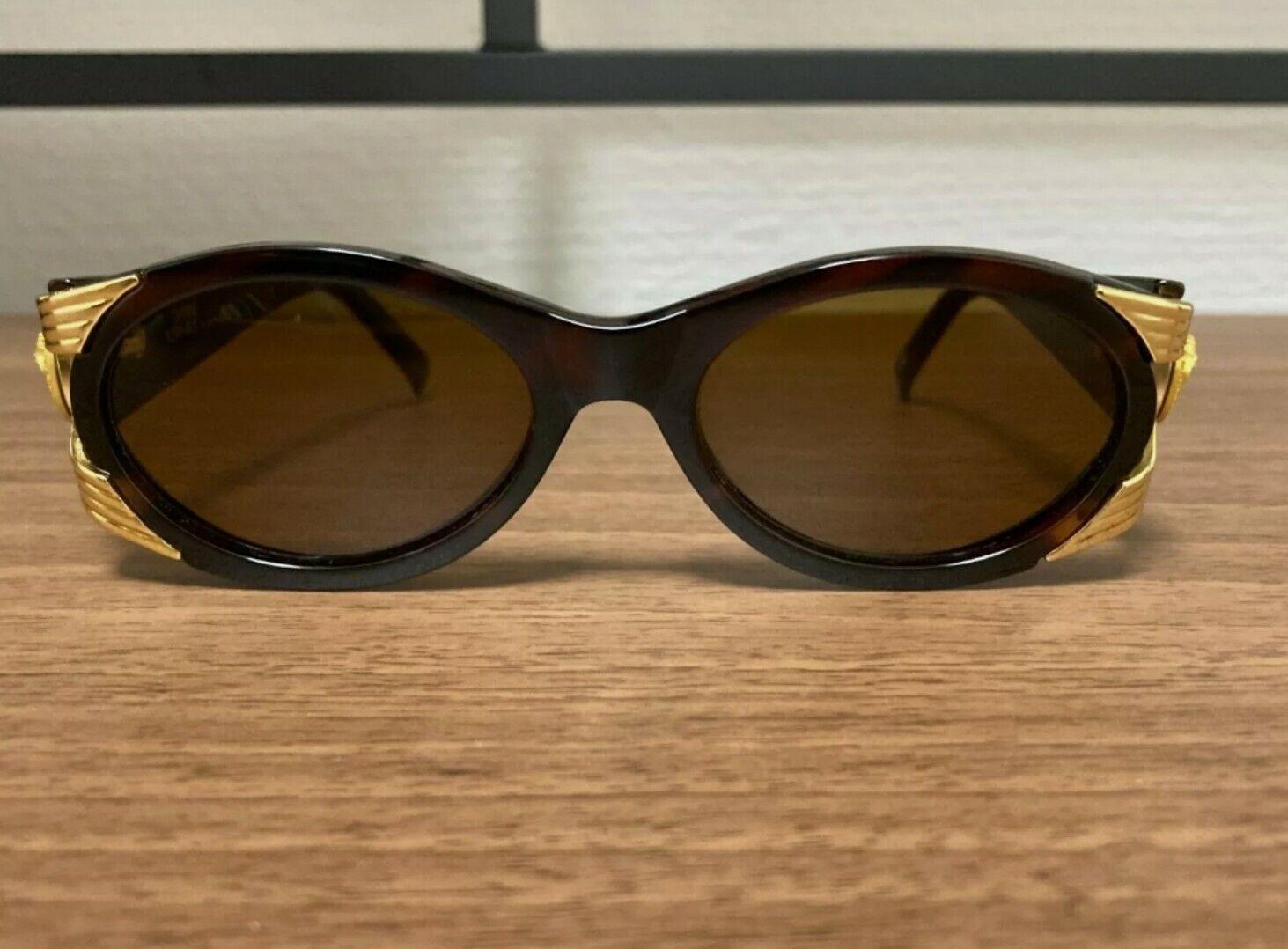Gianni Versace Vintage Sunglasses Mod 423 - image 3