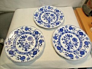 "3 vintage Johnson Bros. Flow Blue Holland Onion Pattern 8.75"" Plates good shape"